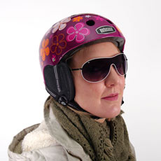 Nutcase Helm mit Ohrenschützern